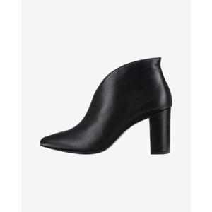 Högl Magassarkú cipő Fekete